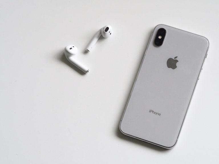 Prawdziwe bezprzewodowe słuchawki douszne – czy ta technologia ma sens?