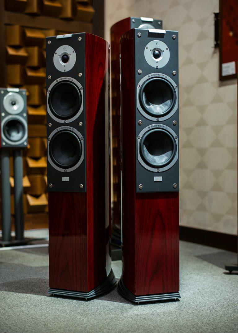 Zestawy stereo dla wymagających